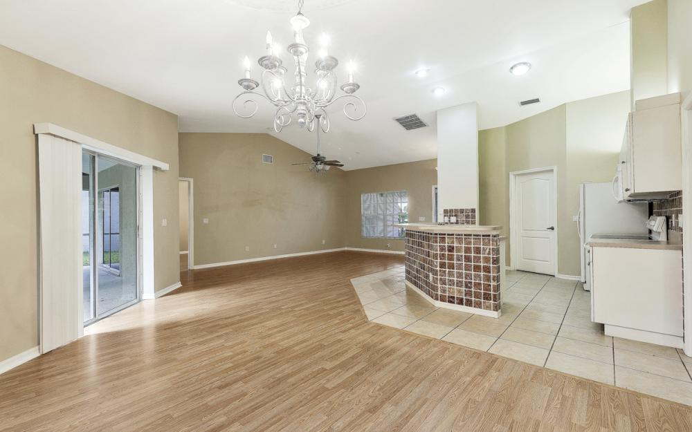 5786 Elizabeth Ann Way, Fort Myers - Home For Sale 220867708