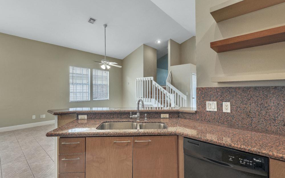 6107 Waterway Bay Dr, Fort Myers - Home For Sale 472999289