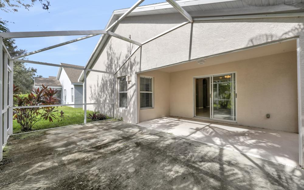 9747 Gladiolus Bulb Loop, Fort Myers - Home For Sale 1812164318