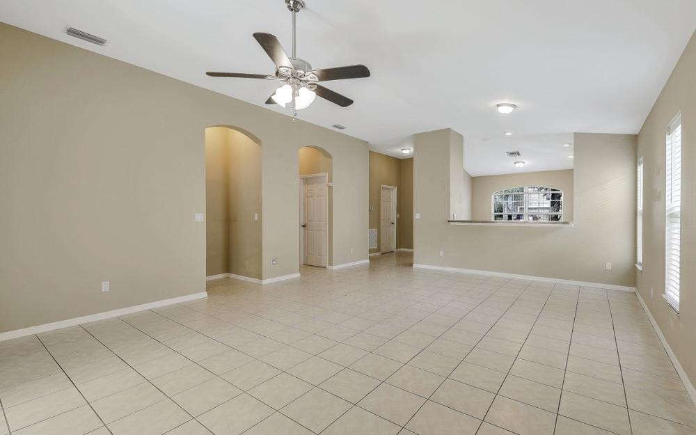 9747 Gladiolus Bulb Loop, Fort Myers - Home For Sale 1020694678