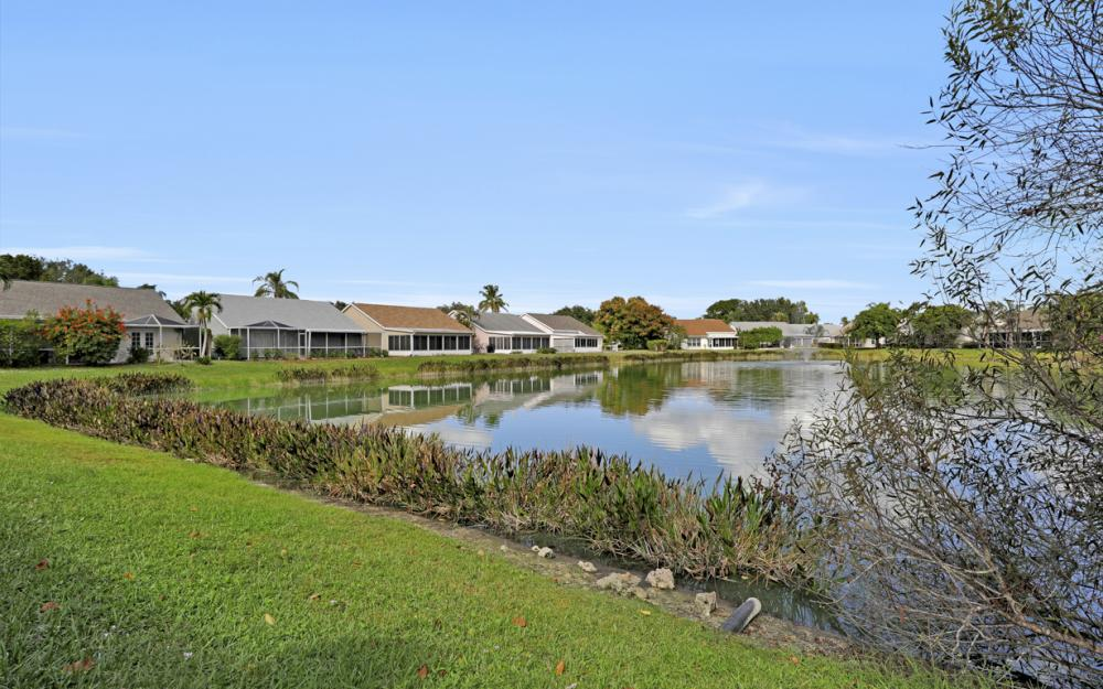 15267 Cricket Ln, Fort Myers - Home For Sale 112478261