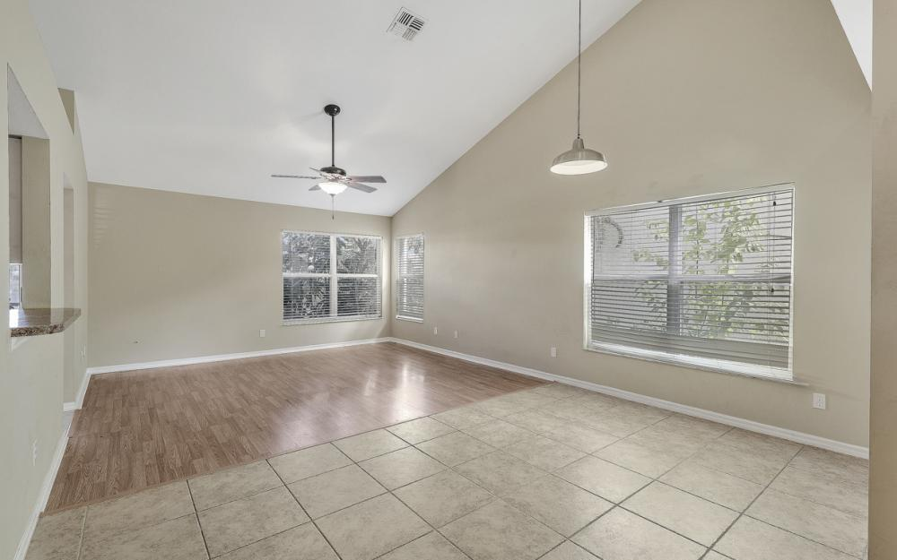 15267 Cricket Ln, Fort Myers - Home For Sale 170456218
