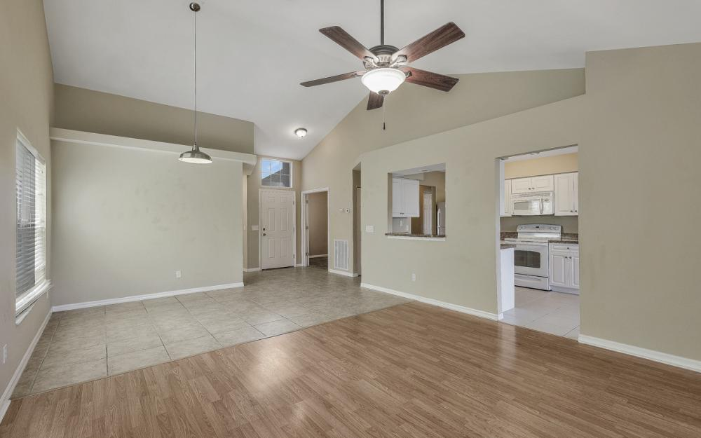 15267 Cricket Ln, Fort Myers - Home For Sale 41667176