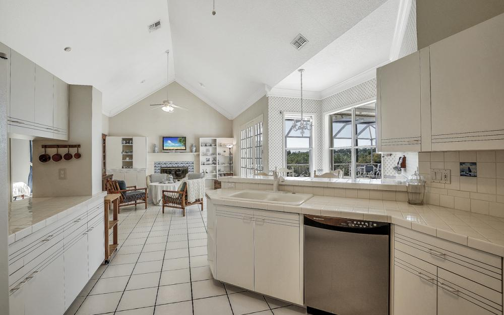 6125 Deer Run, Fort Myers - Home For Sale 63639171