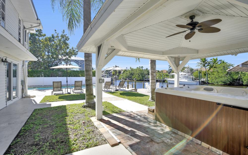 18116 Deep Passage Ln, Fort Myers Beach - Vacation Rental  139518745