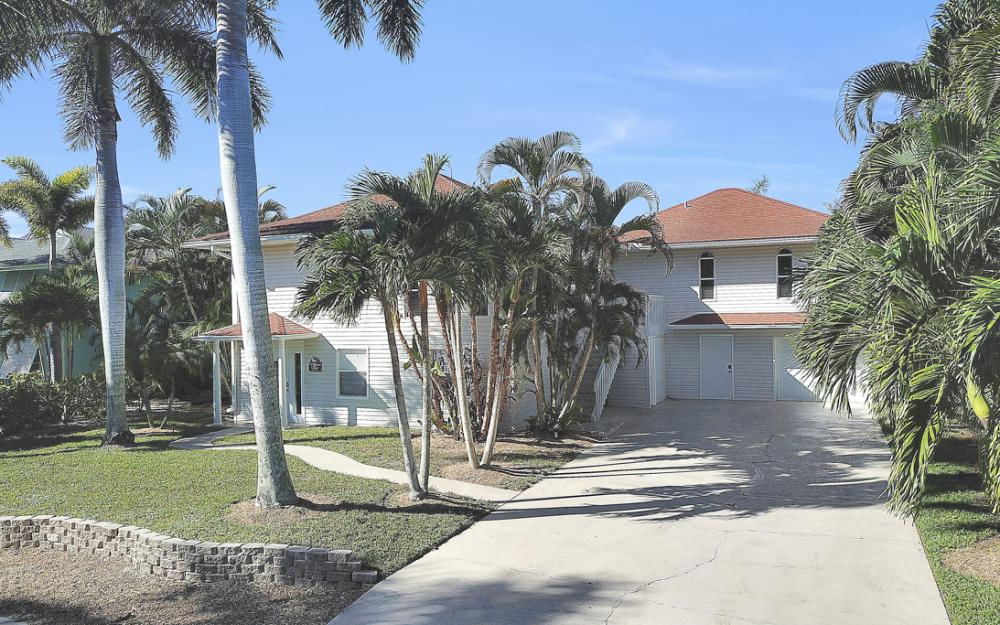 18116 Deep Passage Ln, Fort Myers Beach - Vacation Rental  980965050