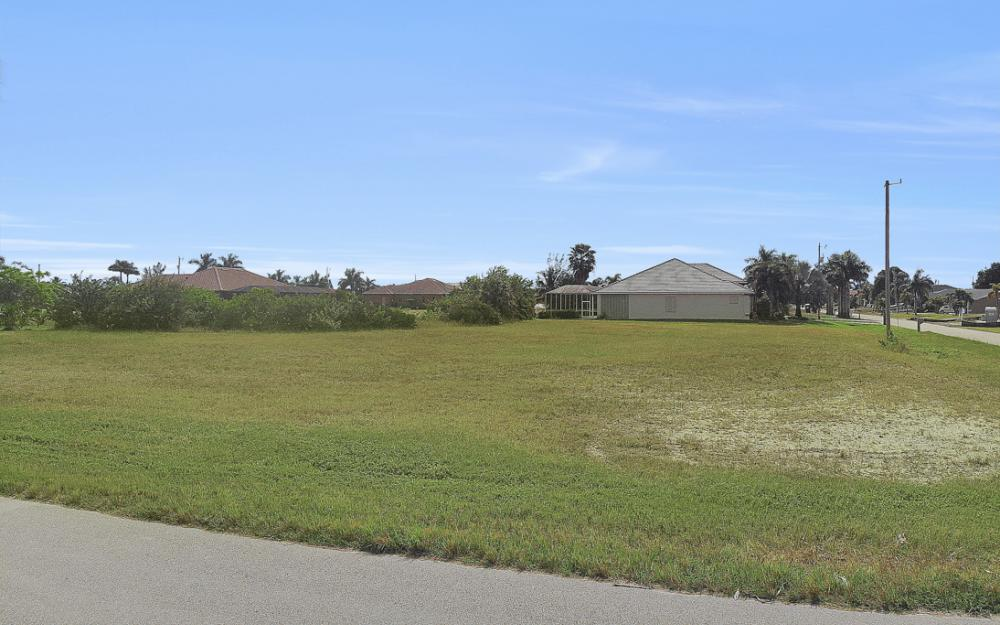 2630 SW 32nd Ln, Cape Coral - Lot For Sale 1235327742