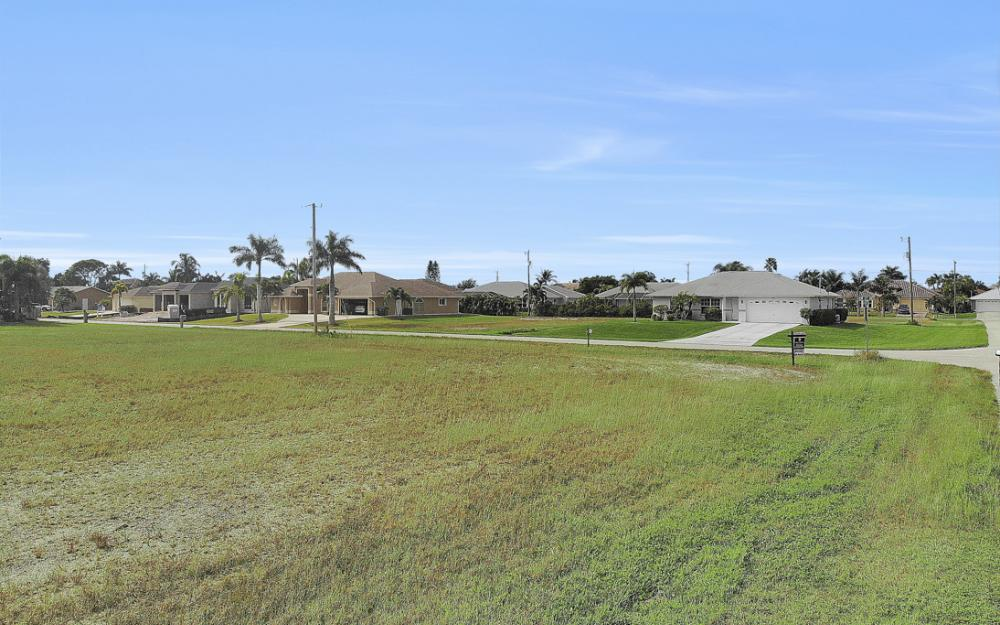 2630 SW 32nd Ln, Cape Coral - Lot For Sale 132860143
