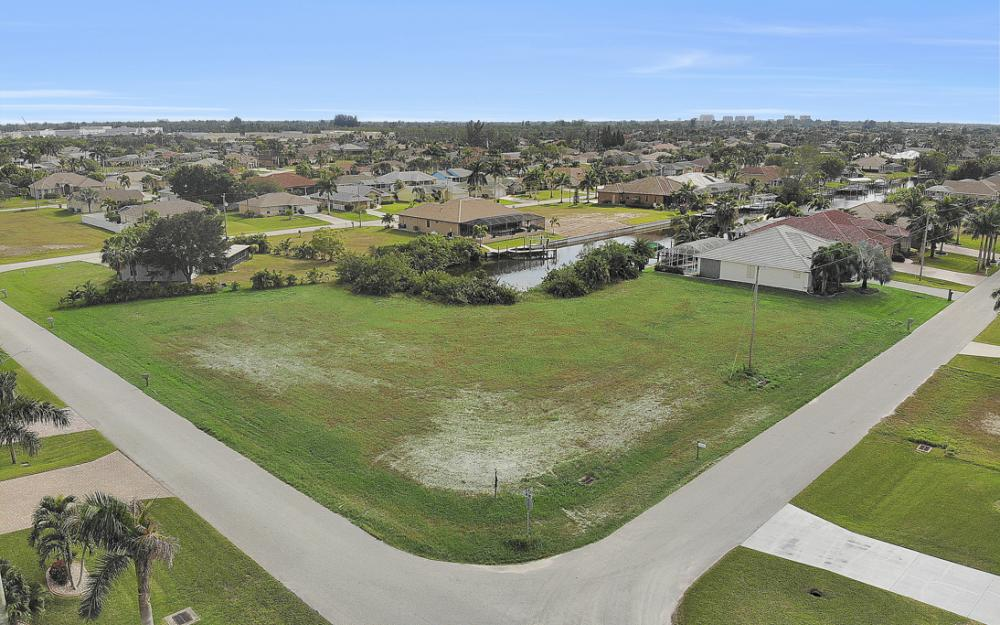 2630 SW 32nd Ln, Cape Coral - Lot For Sale 938078314