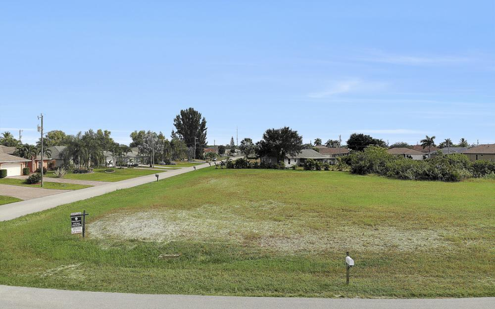 2630 SW 32nd Ln, Cape Coral - Lot For Sale 548008221