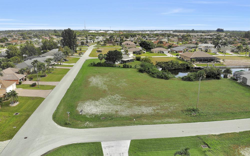 2630 SW 32nd Ln, Cape Coral - Lot For Sale 235825591