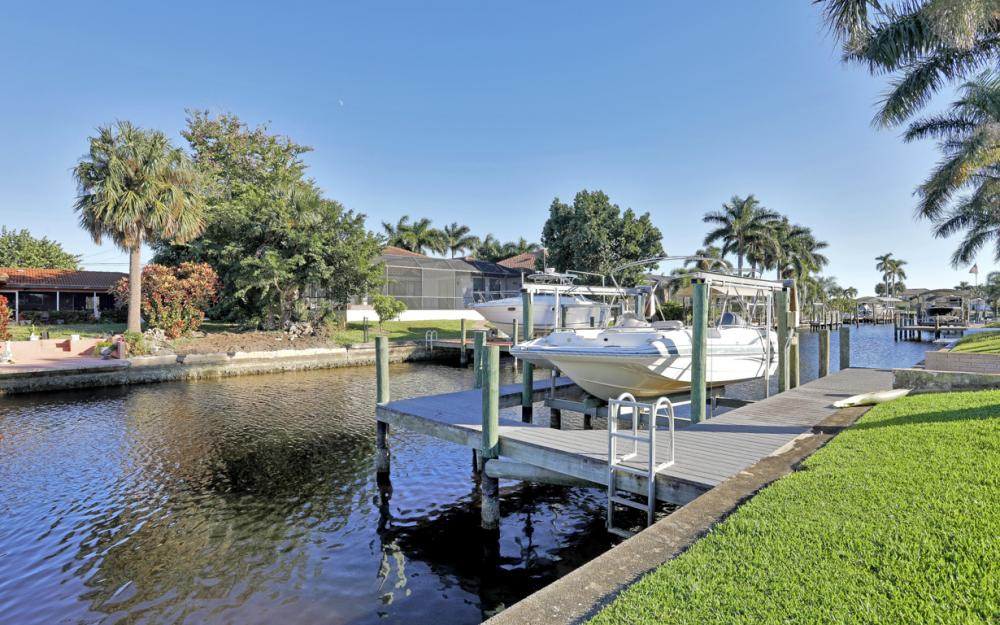 5359 Del Monte Ct, Cape Coral - House For Sale 759580506