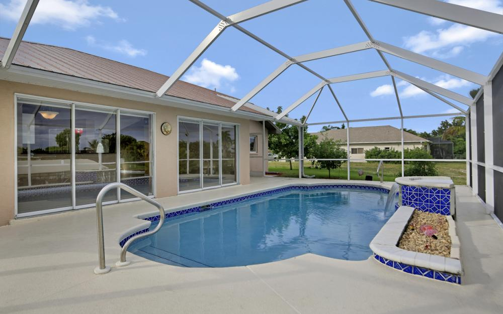 1515 SE 21st St, Cape Coral - Home For Sale 33333149