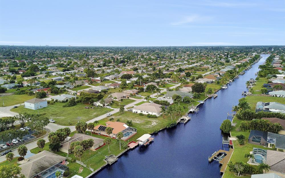 1515 SE 21st St, Cape Coral - Home For Sale 1482403690