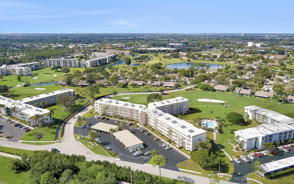 6220 Augusta Dr #317, Fort Myers - Condo For Sale 1753115284