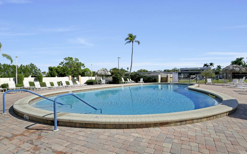 6220 Augusta Dr #317, Fort Myers - Condo For Sale 787308399