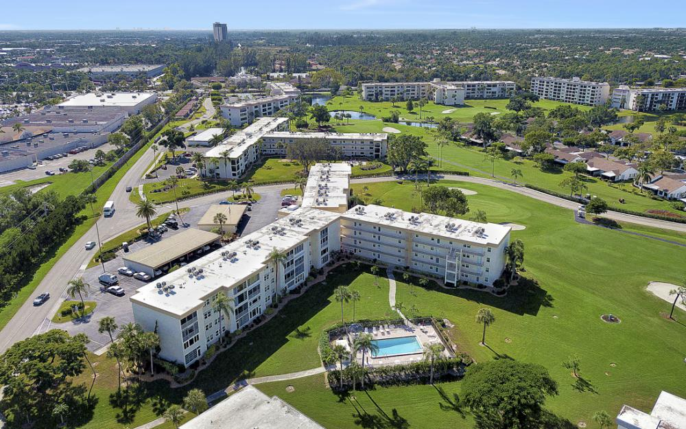 6220 Augusta Dr #317, Fort Myers - Condo For Sale 2046768779
