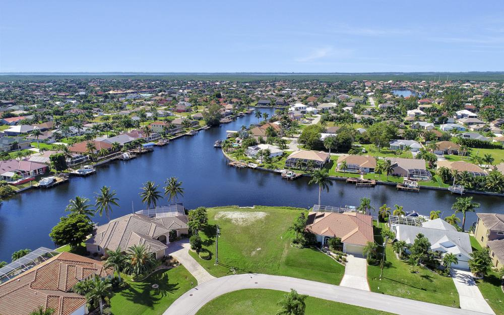 2220 SW 49th Terrace, Cape Coral - Lot For Sale 1273103101