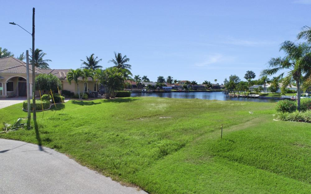 2220 SW 49th Terrace, Cape Coral - Lot For Sale 835203052