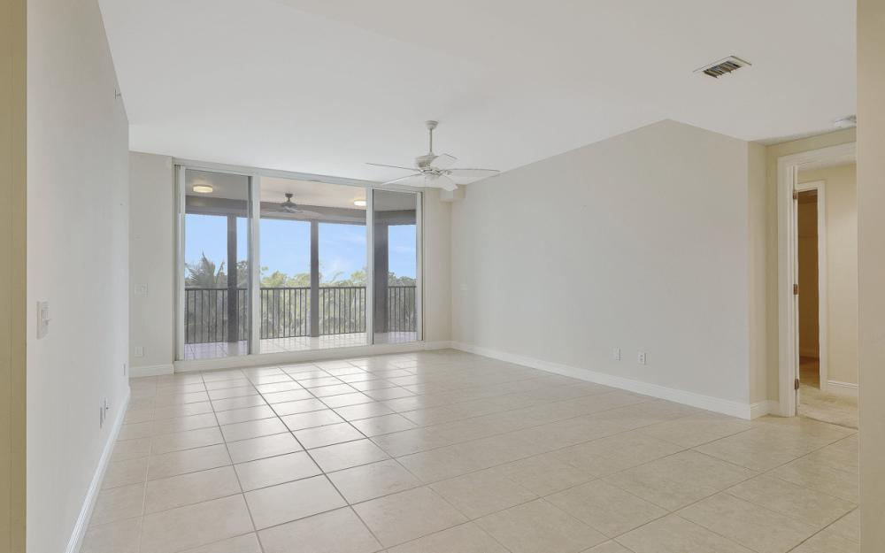 23650 Via Veneto #302, Bonita Springs - Condo For Sale 1998281660