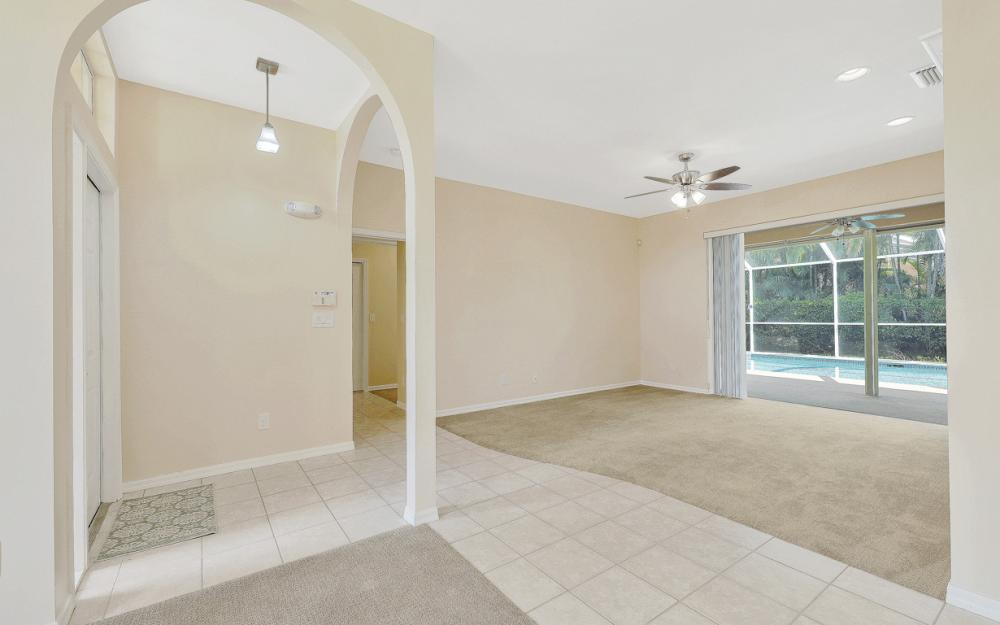 884 Briarwood Blvd, Naples - Home For Sale 1016755875