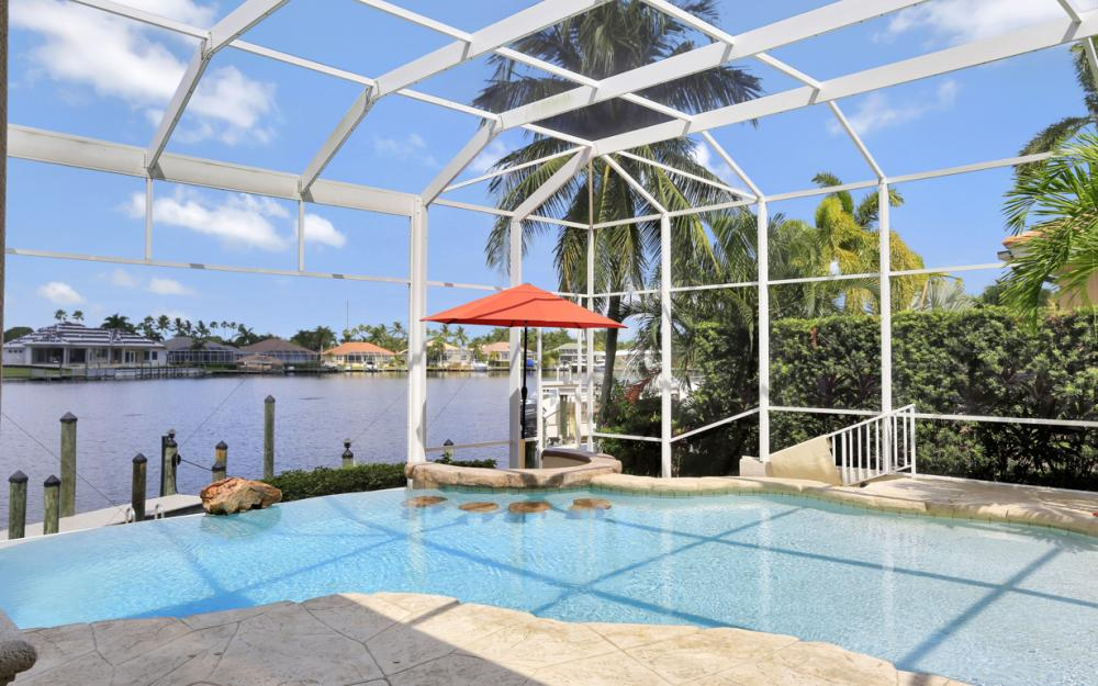 1815 Harbour Cir, Cape Coral - Home For Sale 418812306
