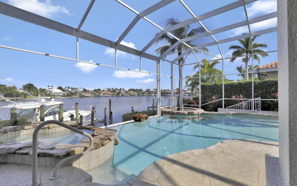 1815 Harbour Cir, Cape Coral - Home For Sale 1655175869