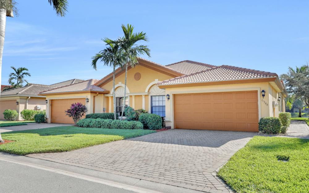 11346 Red Bluff Ln, Fort Myers - Home For Sale 1186679488