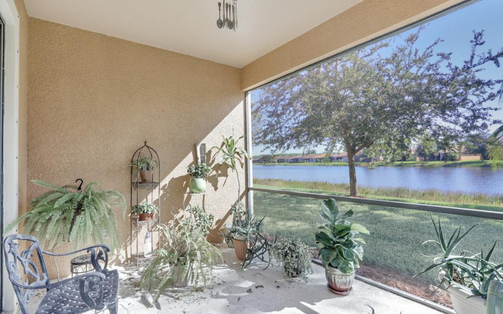 11346 Red Bluff Ln, Fort Myers - Home For Sale 1002796884