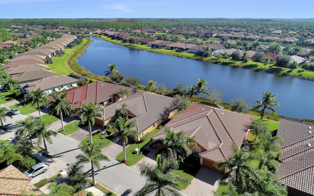 11346 Red Bluff Ln, Fort Myers - Home For Sale 1331361555