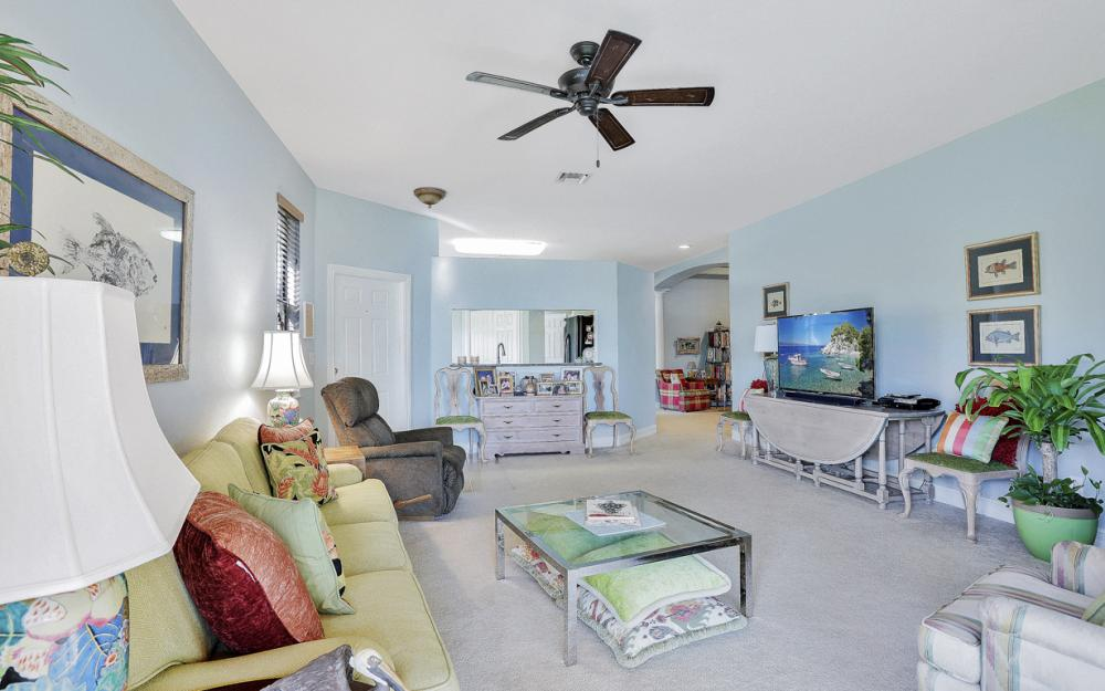 11346 Red Bluff Ln, Fort Myers - Home For Sale 26573281