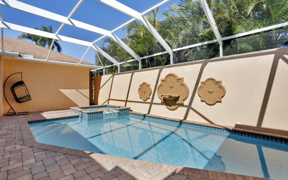 1351 Hopedale Dr, Fort Myers - Home For Sale 1016693675