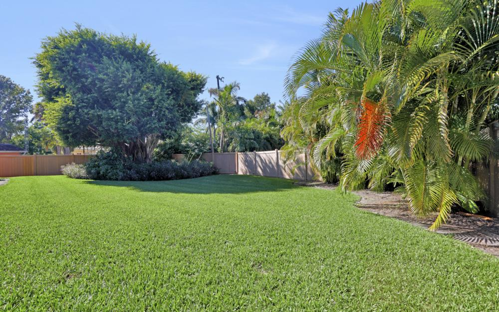 1351 Hopedale Dr, Fort Myers - Home For Sale 1108840403