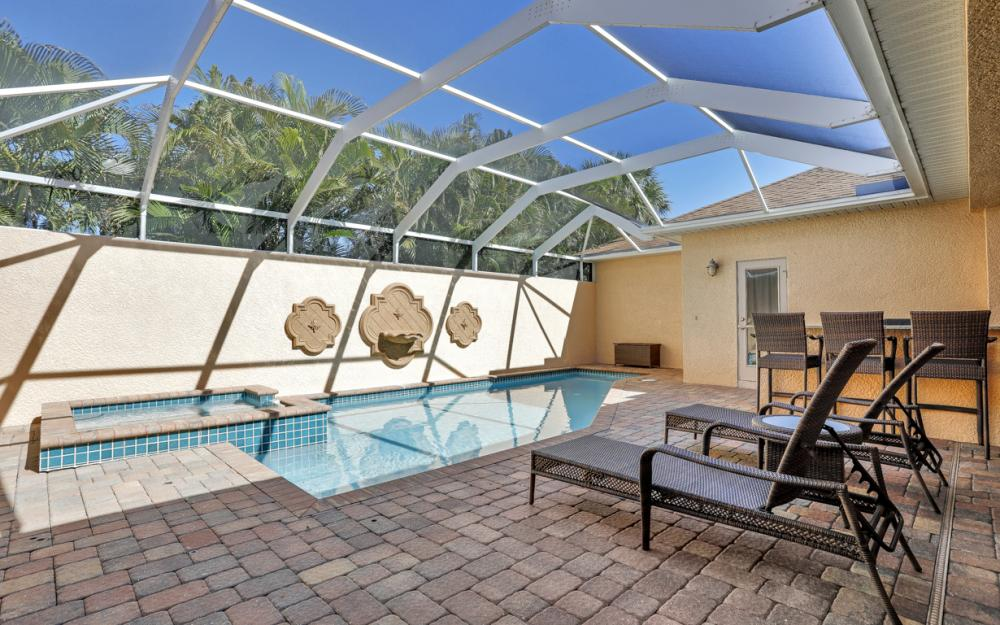 1351 Hopedale Dr, Fort Myers - Home For Sale 1155365487