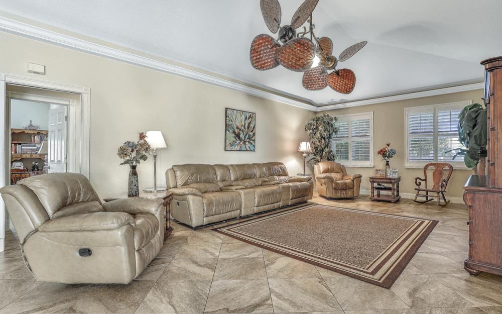 1351 Hopedale Dr, Fort Myers - Home For Sale 424372661