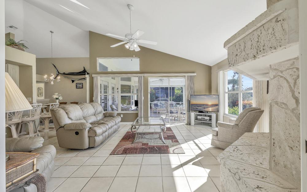12678 Buttonbush Pl, Bonita Springs - Home For Sale 1878446416