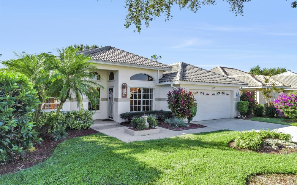 12678 Buttonbush Pl, Bonita Springs - Home For Sale 778999950