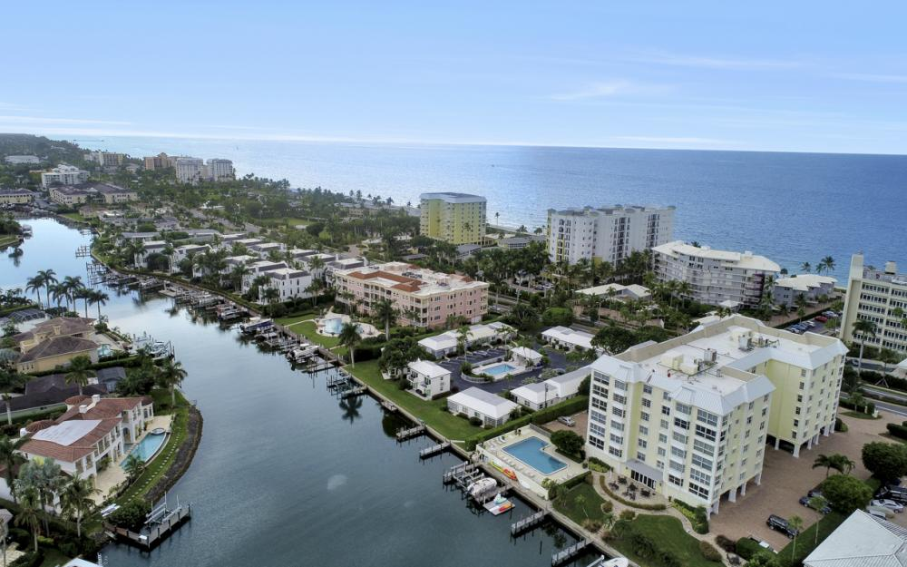 1900 Gulf Shore Blvd N #504, Naples - Condo For Sale 553553839