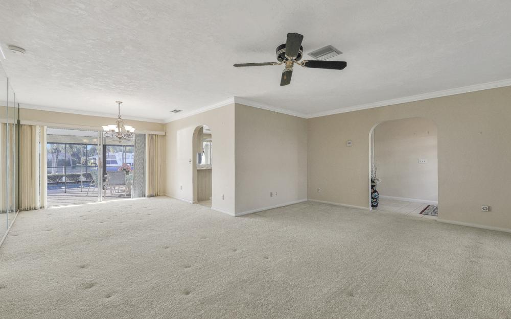 3116 SE 22nd Ave, Cape Coral - Home For Sale 212139259