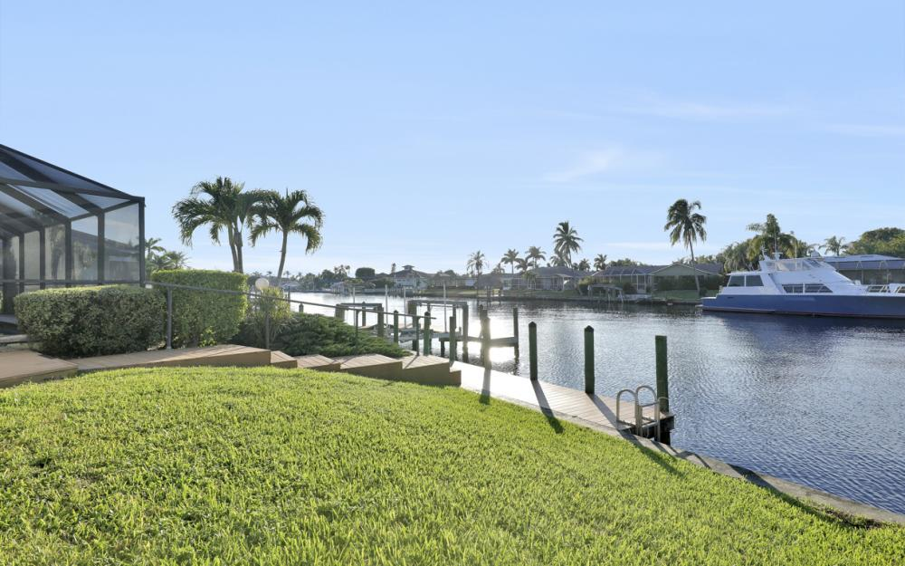 3116 SE 22nd Ave, Cape Coral - Home For Sale 351055677