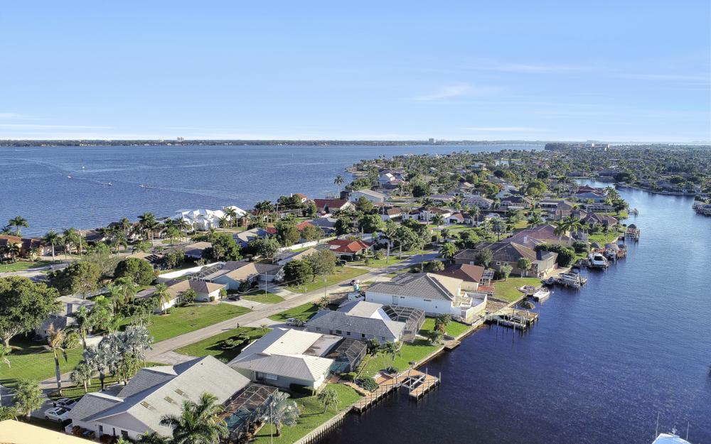 3116 SE 22nd Ave, Cape Coral - Home For Sale 604804116