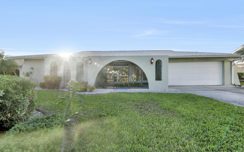 3116 SE 22nd Ave, Cape Coral - Home For Sale 168069133