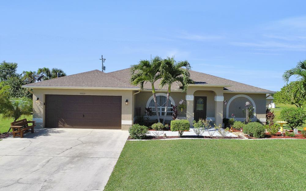 1112 NW 5th PL, Cape Coral - Home For Sale 1189213410