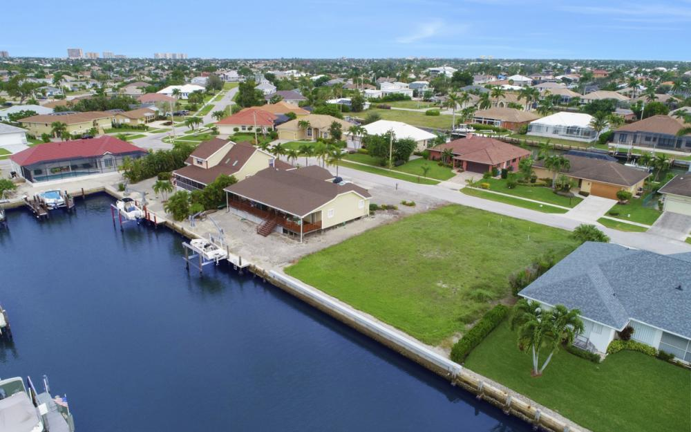 1641 Orleans Ct, Marco Island - Lot For Sale 2066077642
