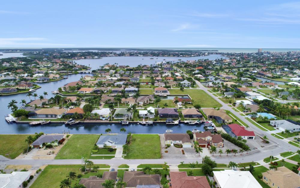 1641 Orleans Ct, Marco Island - Lot For Sale 1064047945