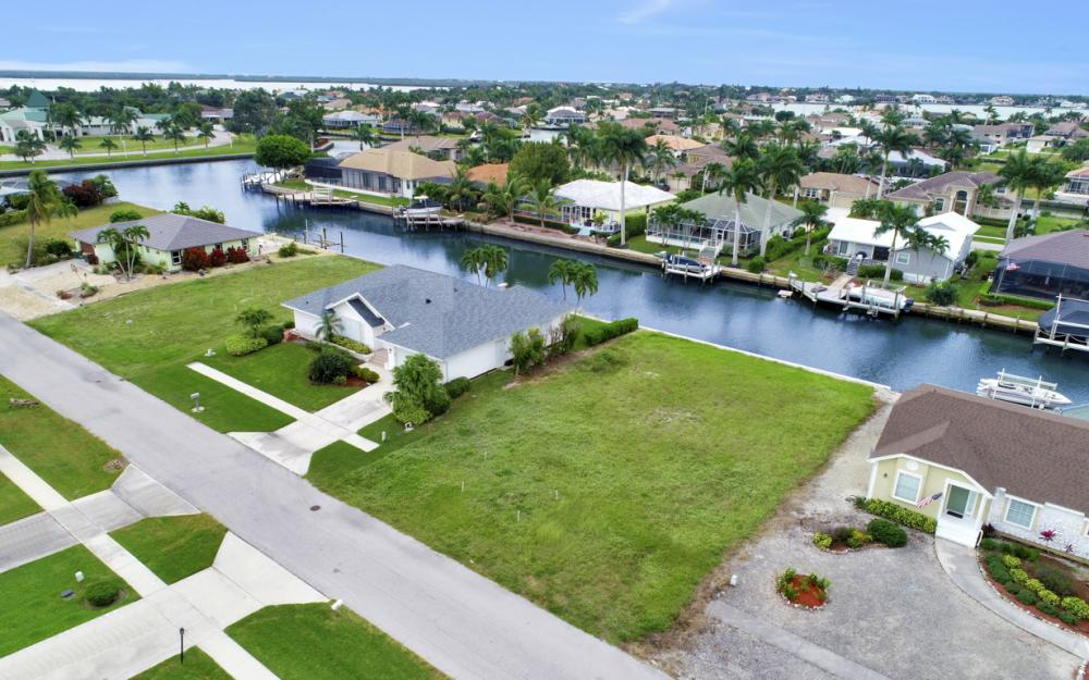 1641 Orleans Ct, Marco Island - Lot For Sale 297177048