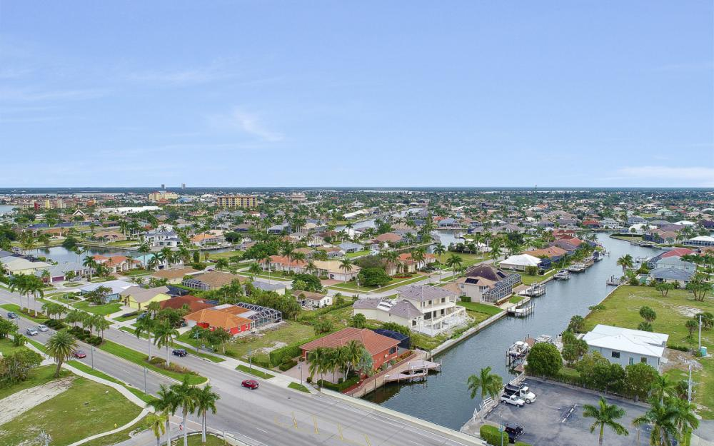 347 N Collier Blvd, Marco Island - Home For Sale 965772778