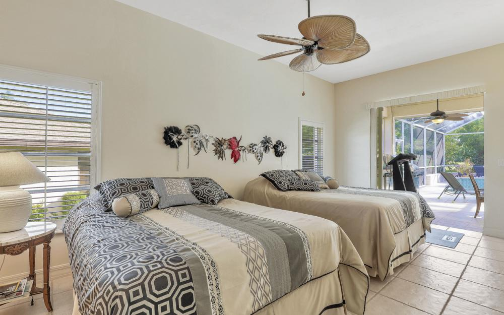 1212 SW 20th St, Cape Coral - Vacation Rental 626673394