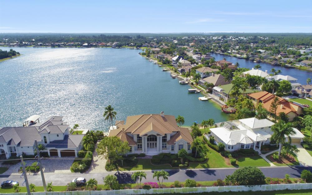 5900 Harborage Dr, Fort Myers - Home For Sale 1005129886