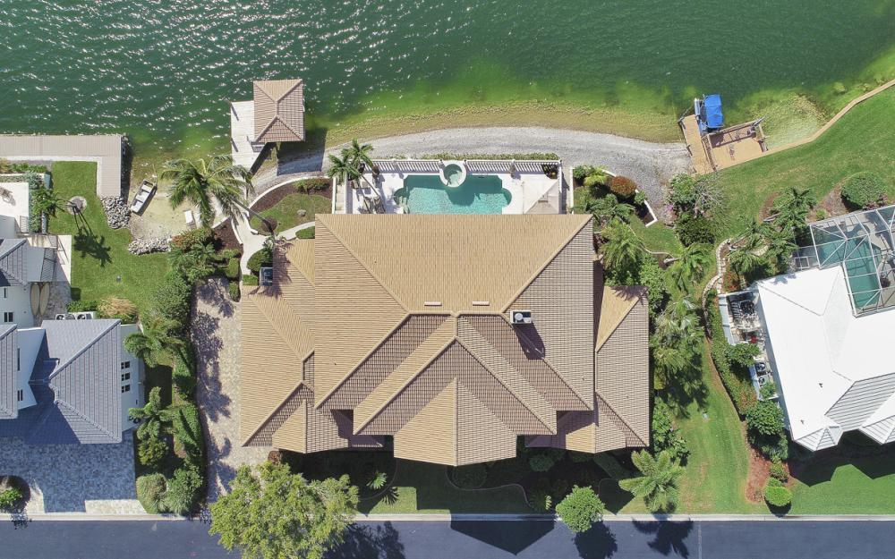5900 Harborage Dr, Fort Myers - Home For Sale 231703665